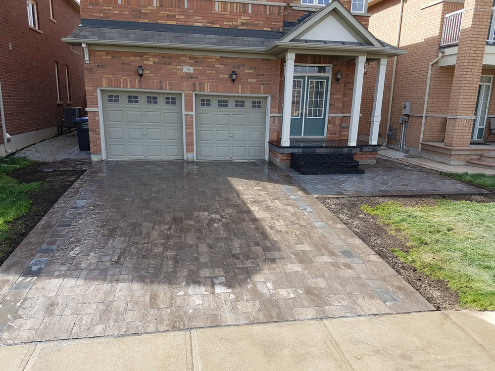 Upper Canada Court completed driveway and entrance