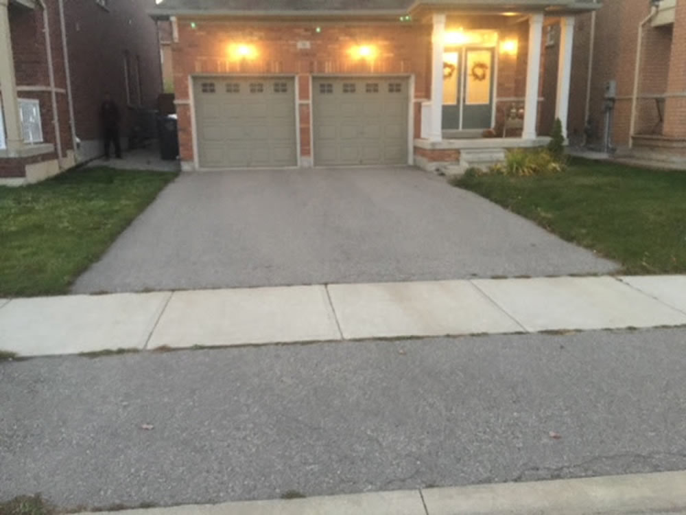 Upper Canada Court Driveway before