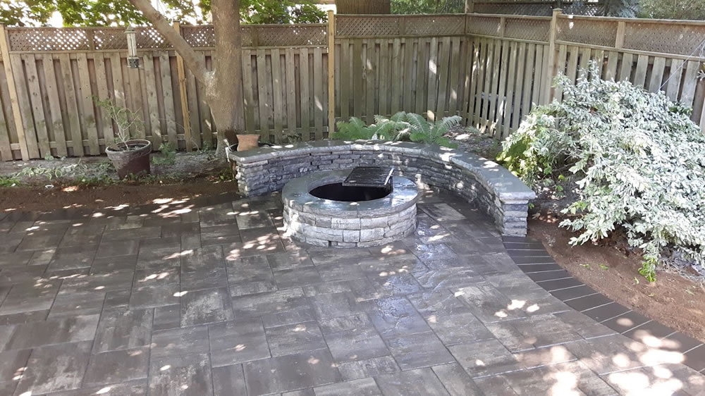 Beautiful stone backyard fire pit